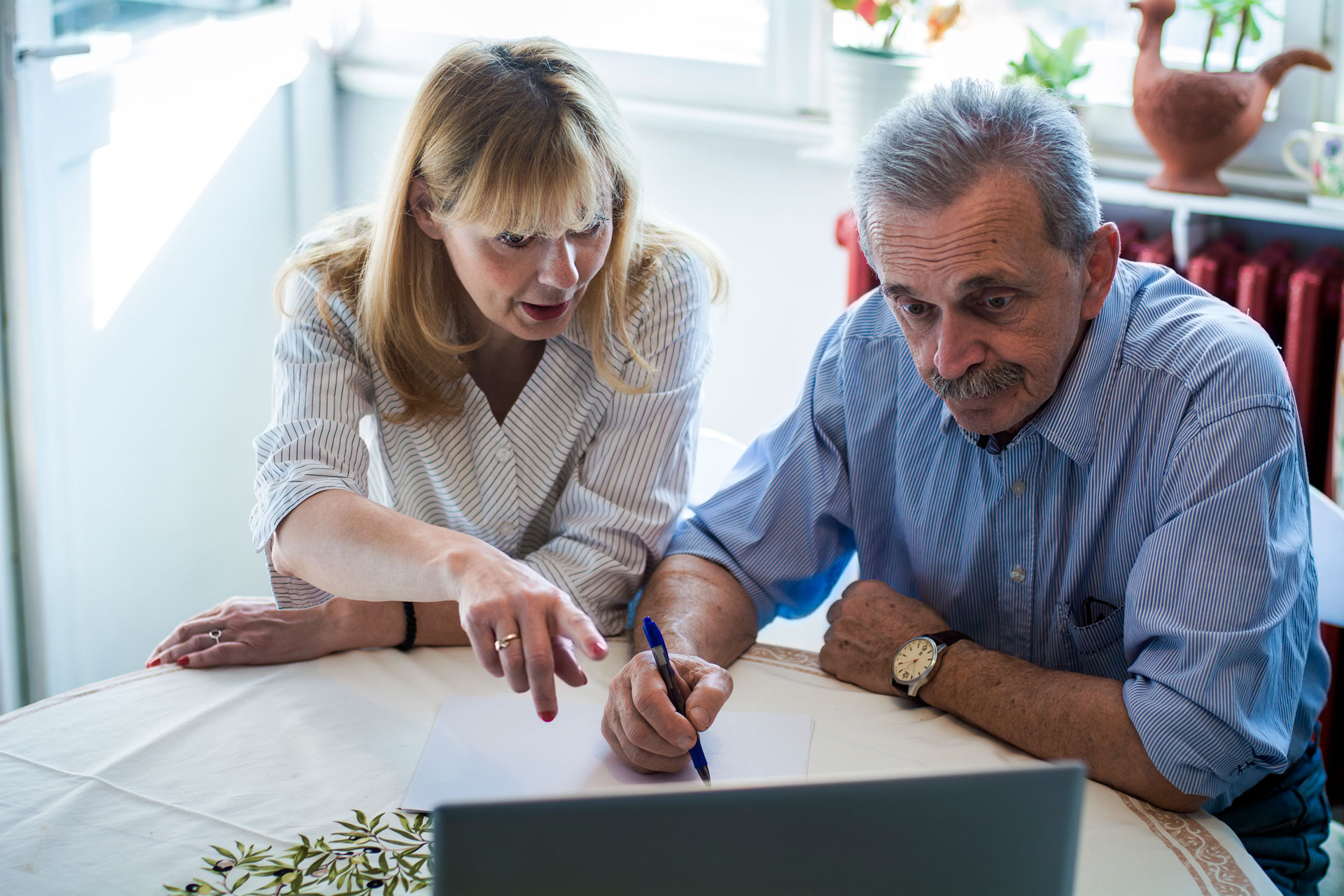 Daughter helps father make advance care plan